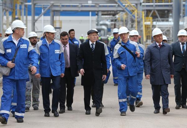Рабочий визит Главы Республика Башкортостан Рустэма Хамитова на строительные площадки ОАО «Газпром нефтехим Салават»